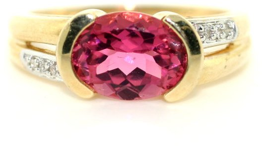 3005: 4 CT LAB PINK SAPP AND DIA RING