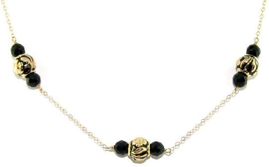 1023: ONYX NECKLACE 14K 8.5 GR