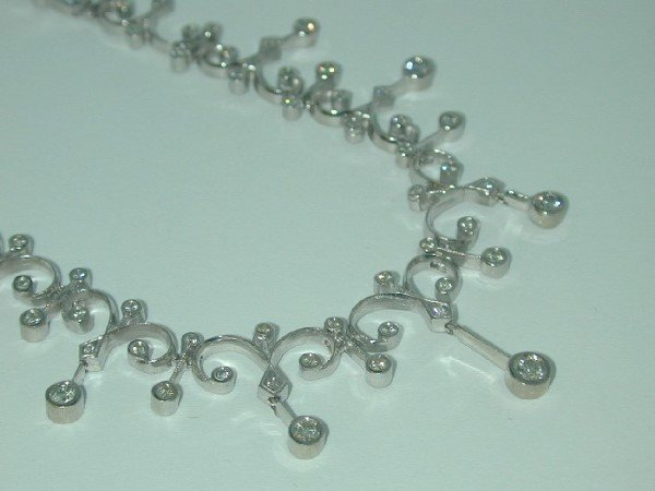 1282: 5 CT DIAMOND NECKLACE