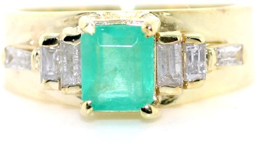 3004: 1.5 CT DIA AND EMERALD RING