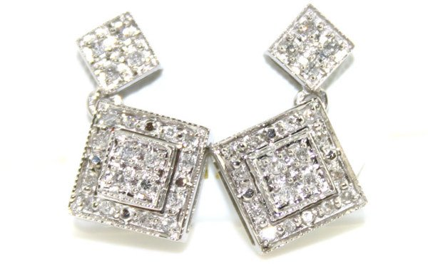 3022: 14K 0.50 cts Natural Diamond Earrings