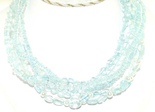 5022: 250 CT AQUA MARINE NECKLACE