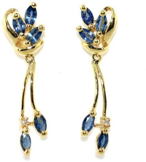 2004: 2 CT SAPPHIRE GOLD EARRINGS