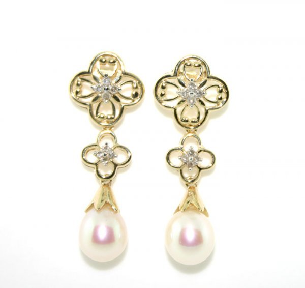 6023: 6.5mm PEARL AND DIAMOND 14K