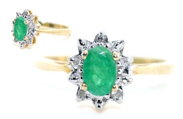 2011: 0.80 CT DIA AND EMERALD GOLD RING