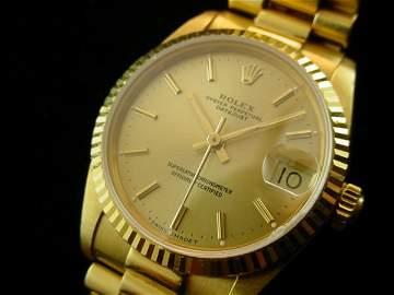 1530: ROLEX Midsize Solid 18K Gold President Watch WOW