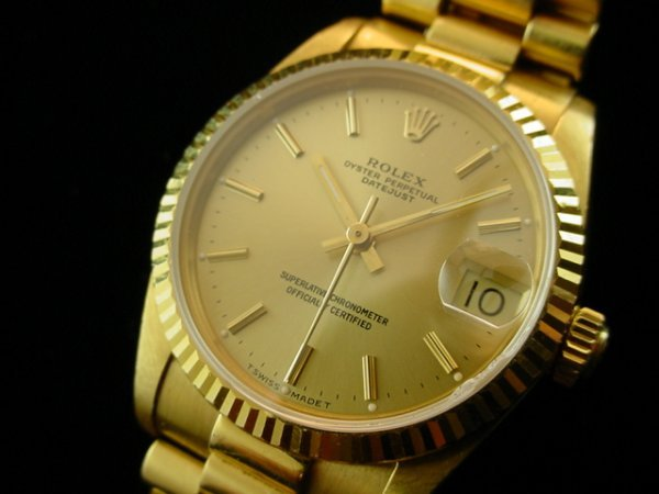 1530: ROLEX Midsize Solid 18K Gold President Watch WOW