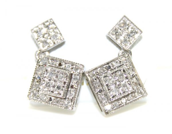 4009: 14K 0.50 cts Natural Diamond Earrings