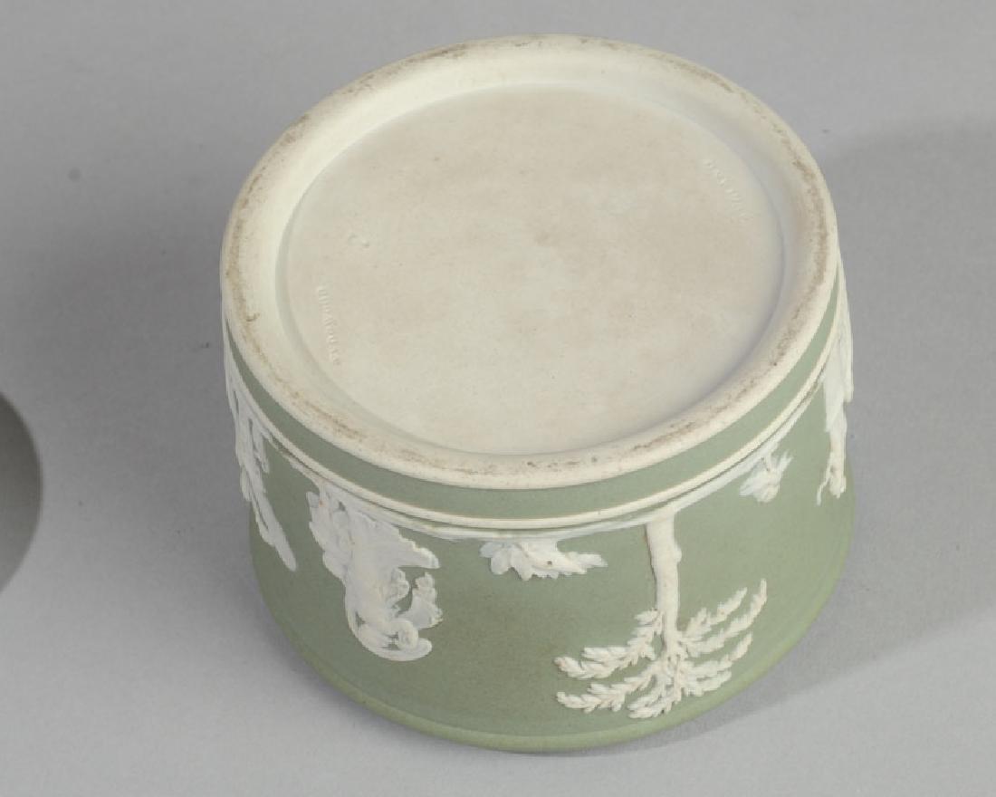 Wedgwood Jasperware Lidded Jar - 4
