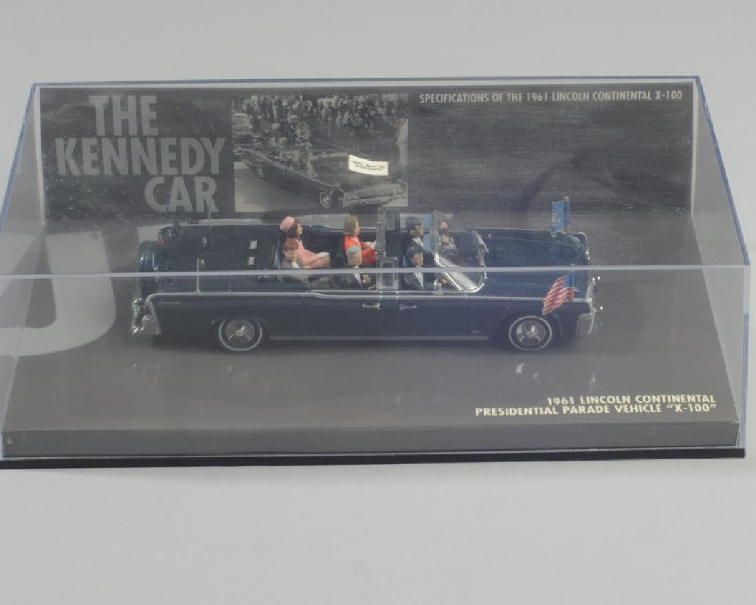 Model of 1961 Lincoln Pres. Kennedy Car - 2