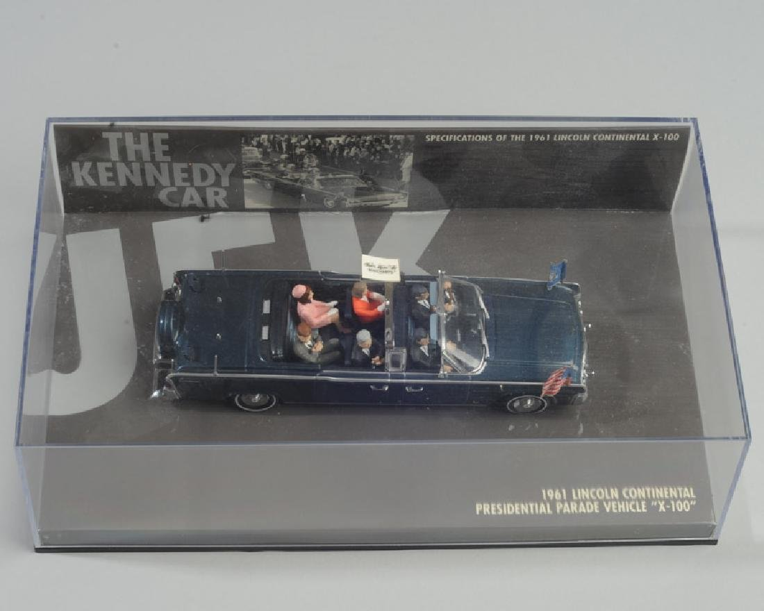 Model of 1961 Lincoln Pres. Kennedy Car - 3