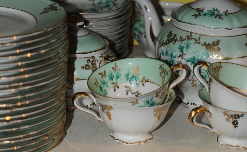 Large Lot Hutschenreuther c. 1947 Porcelain - 4