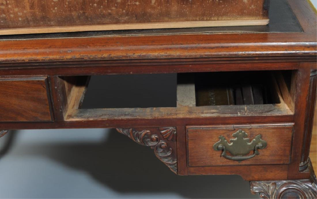 Cadwalader Family Chippendale Writing Table - 2