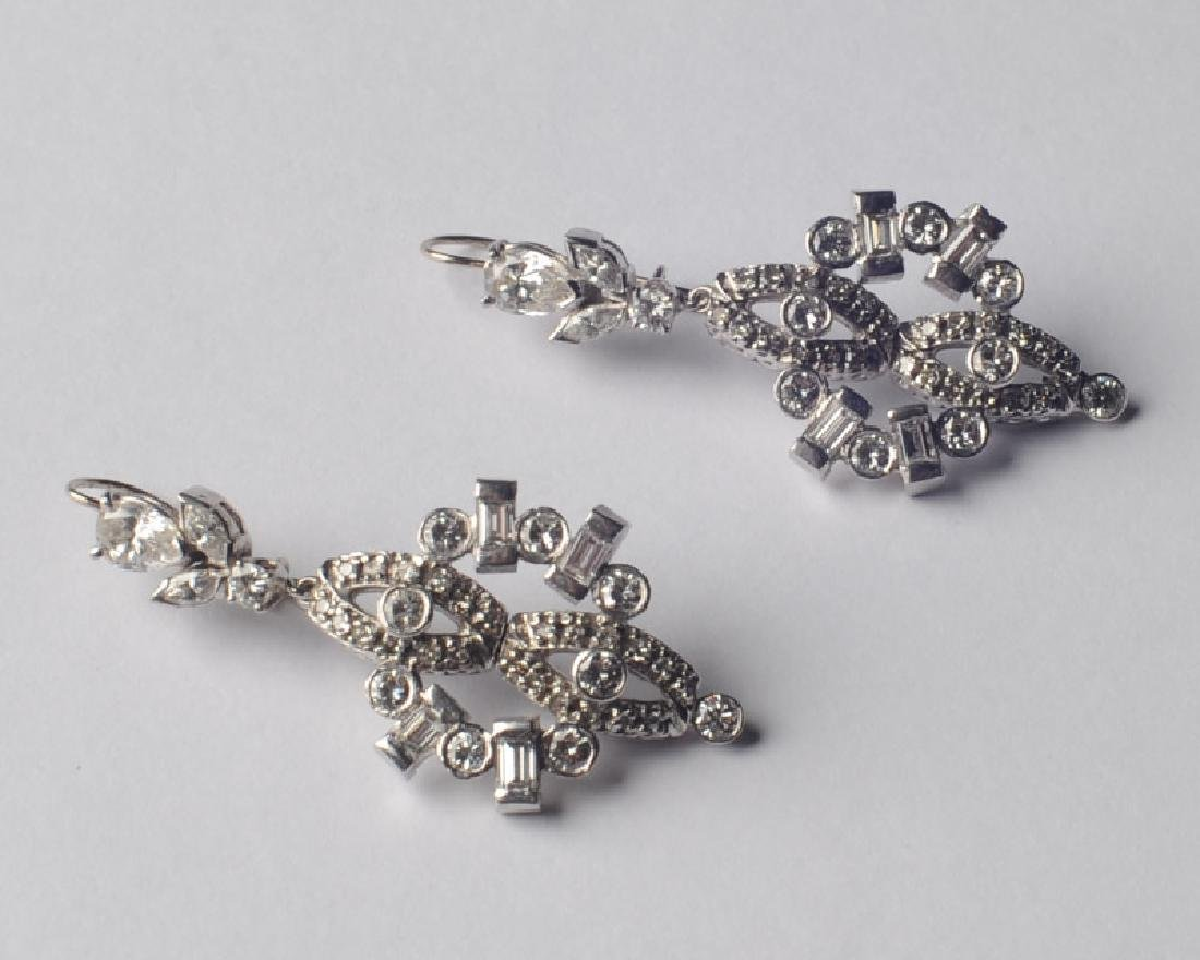 14k White gold and Diamond Earrings - 3