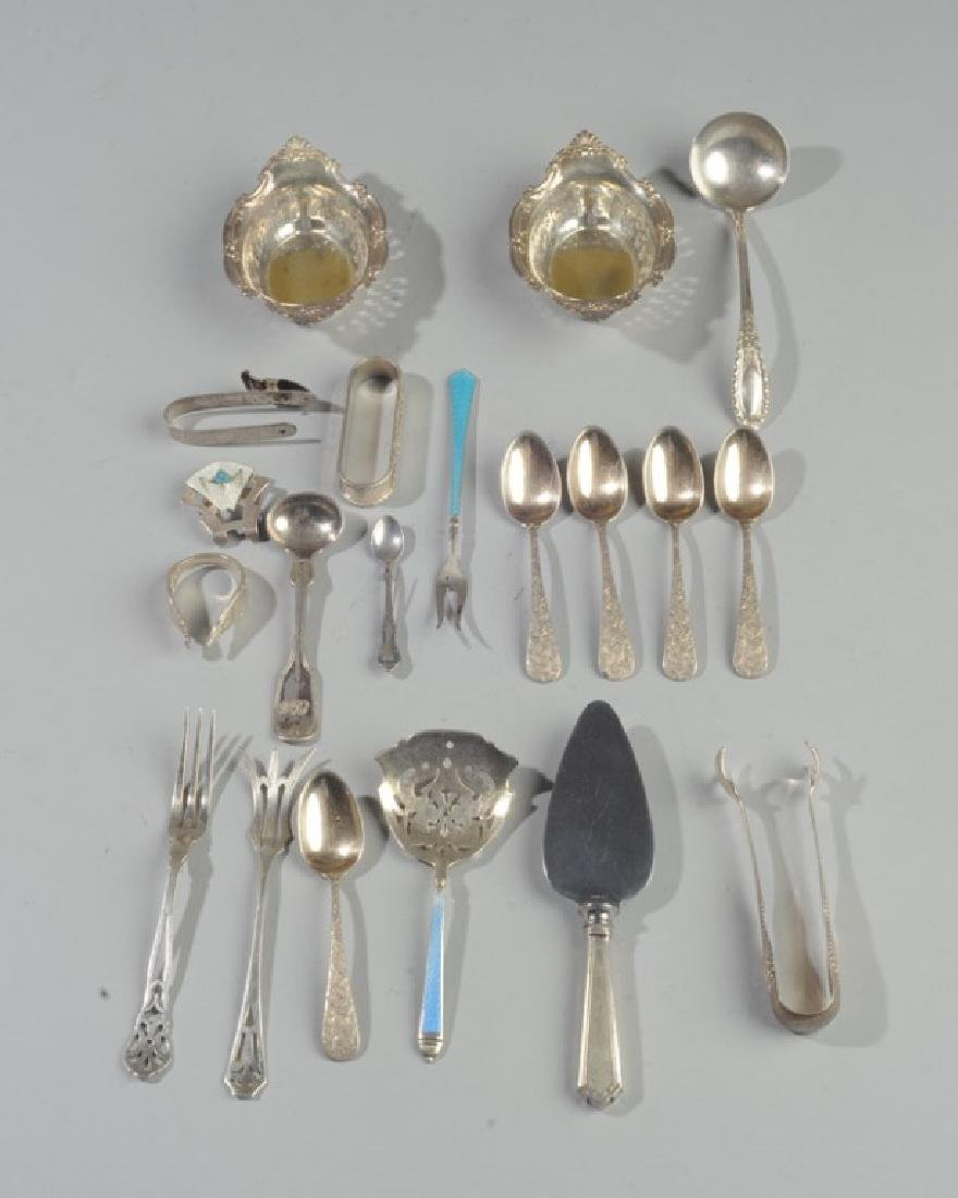 Lot of Miscellaneous Small Sterling Silver Pieces