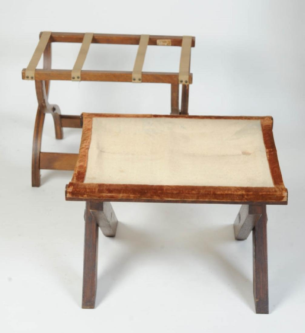 Arts and Crafts Style Fumed Oak Luggage Rack