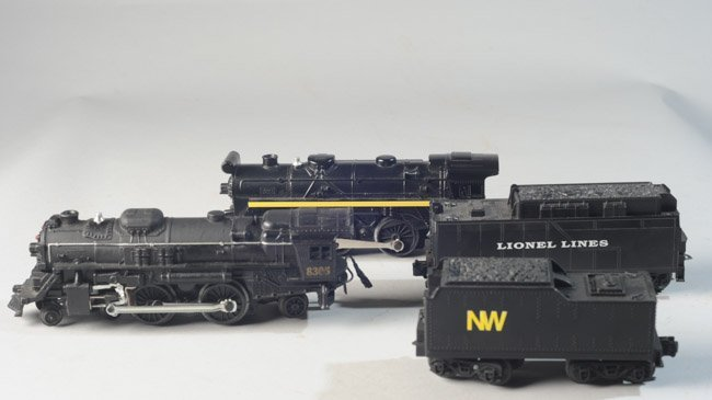 Lot of Four Vintage Lionel Locomotives and Tenders