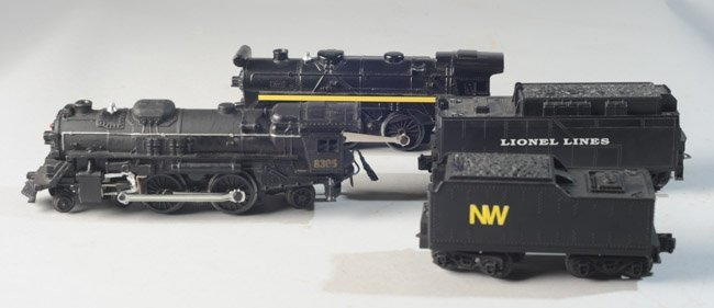 Lot of Four Vintage Lionel Locomotives and Tenders - 2