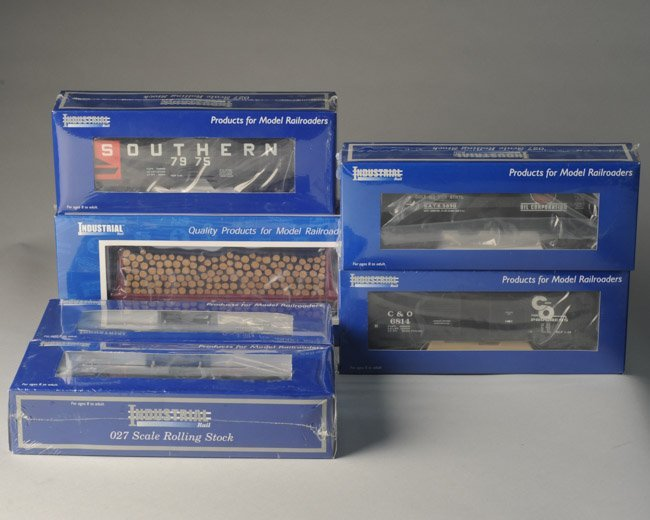 Lot of 6 Factory Sealed Industrial Rail Train Cars