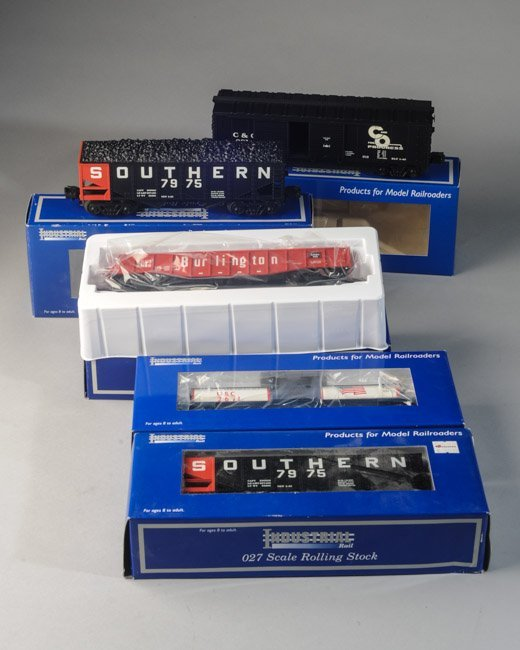 Lot of 5 Industrial Rail Cars O27 Scale