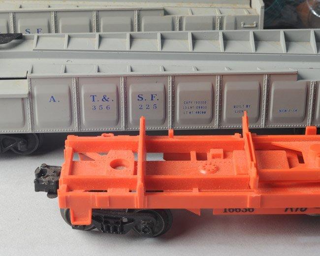2x Postwar Lionel 356 225 Barrel Cars + 16636 - 3