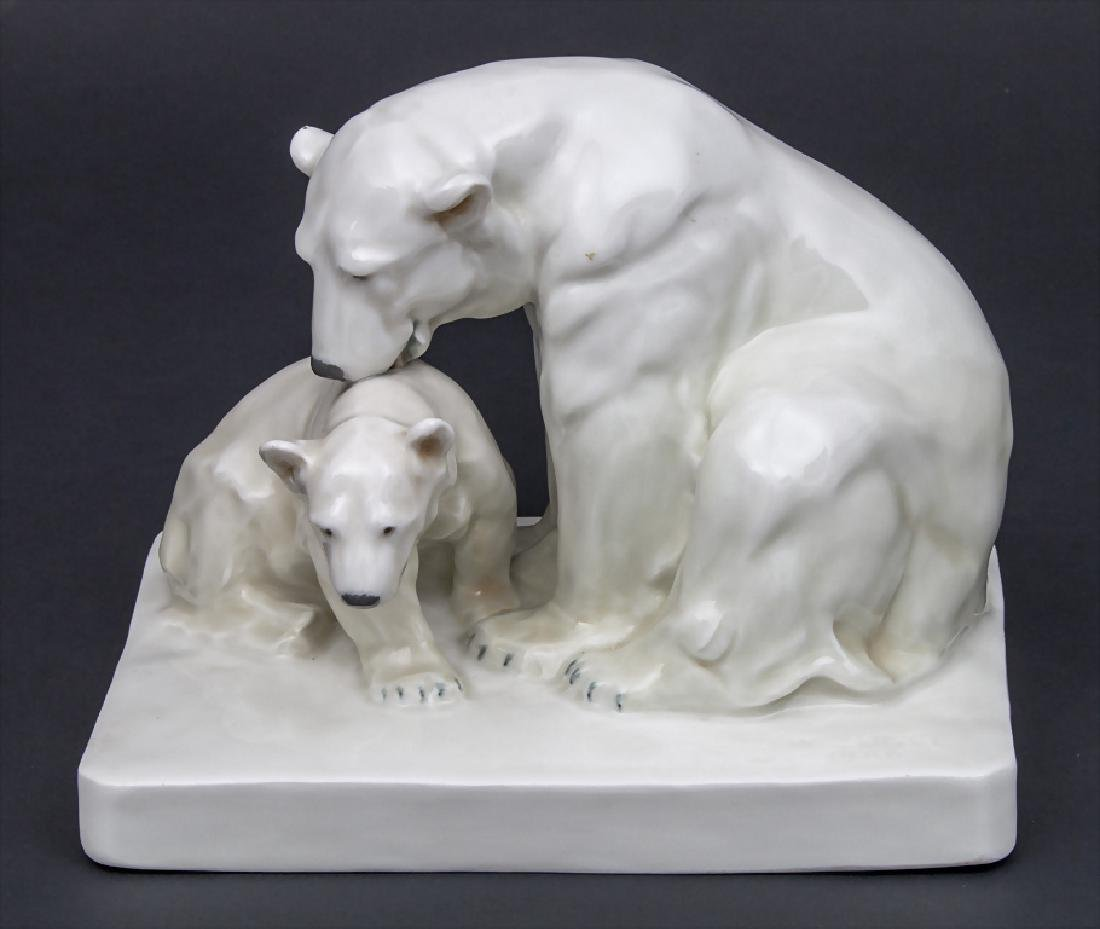 Tierfigurengruppe 'Eisbären' / An animal figure group