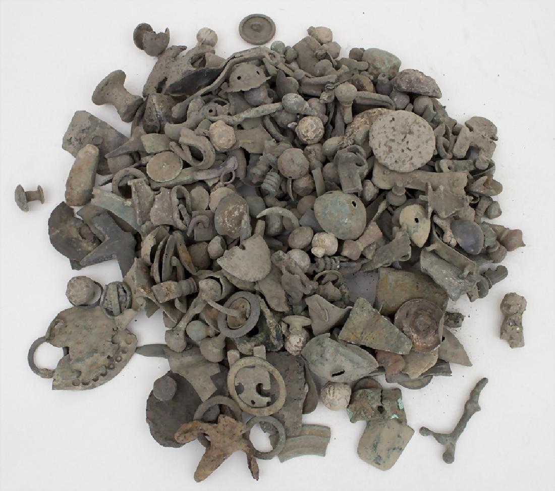 Römische und keltische Artefaktteile / Roman and celtic