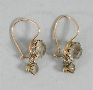 Paar Ohrhänger / A pair of 14k gold earrings, 19. Jh.