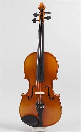 Violine / A violin, um 2000  Geige: 4/4 Größe,