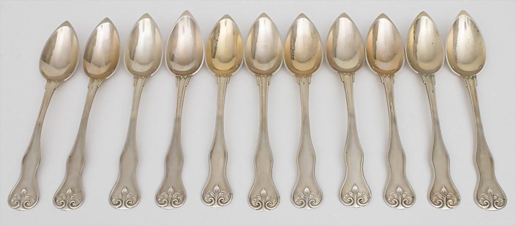 11 Teelöffel / A set of 11 silver tea spoons, Paris,