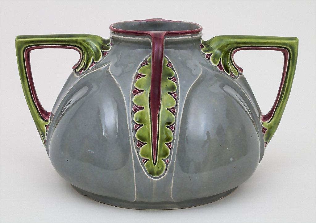 Vier-Henkel-Vase / Vase with 4 Handles, Julius