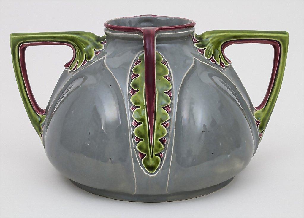 Vier-Henkel-Vase / Vase with 4 Handles, Julius - 2