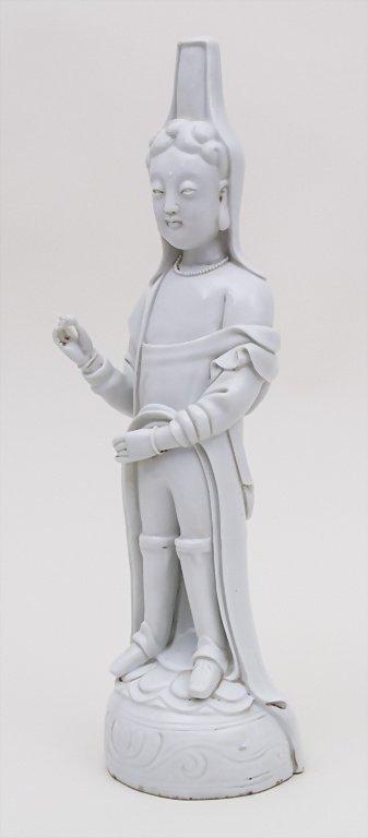 Blanc de Chine Buddha, China, 18./19. Jh. Material: - 3