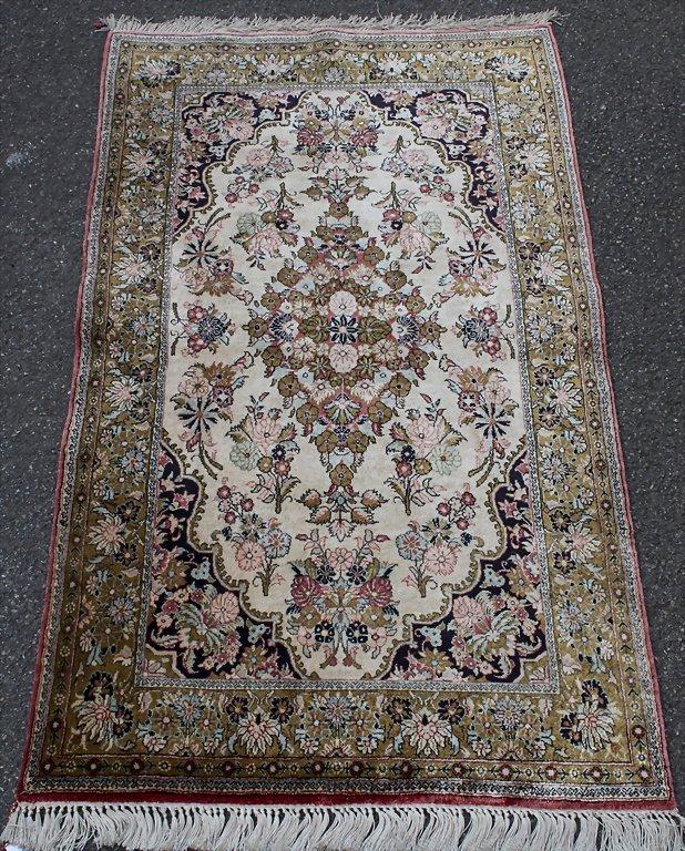 Teppich/Brücke / Carpet, 20. Jh. Material: