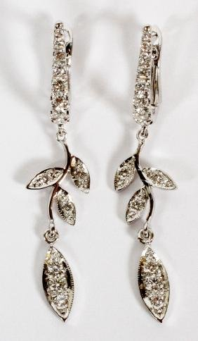 0.5 CT DIAMOND AND 14KT WHITE GOLD DANGLE EARRINGS