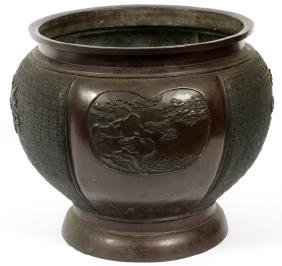 CHINESE DRAGON MOTIF BRONZE PLANTER