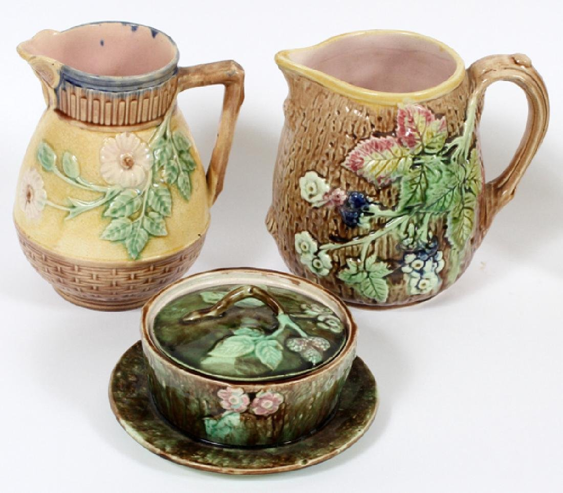 MAJOLICA BUTTER TUB AND TWO WATER PITCHERS 19TH.C. - 2