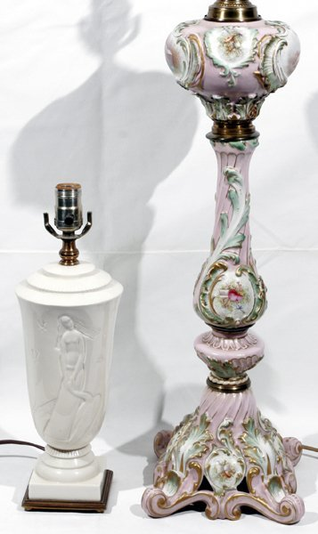 081021: CONTINENTAL PORCELAIN OIL LAMP, ELECTRIFIED +1