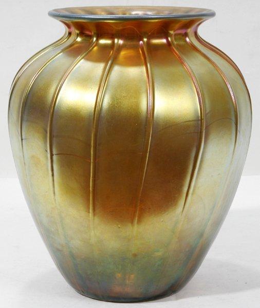 "081024: DURAND GOLD IRIDESCENT GLASS VASE, H 11"""