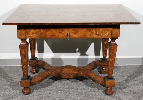 082023: ITALIAN FRUITWOOD TABLE, SATINWOOD MARQUETRY