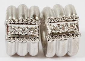 BRUSHED 18KT WHITE GOLD AND DIAMOND EARRINGS PAIR