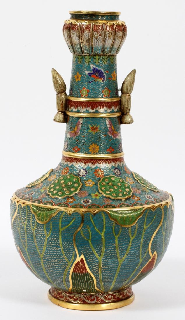 CHINESE FINELY DONE CLOISONNE VASE