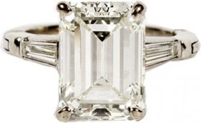 5.74 CT EMERALD CUT DIAMOND GIA 14KT GOLD RING