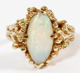 14KT YELLOW GOLD AND OPAL RING