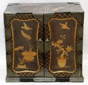 JAPANESE LACQUER TABLE CHEST 19TH C.