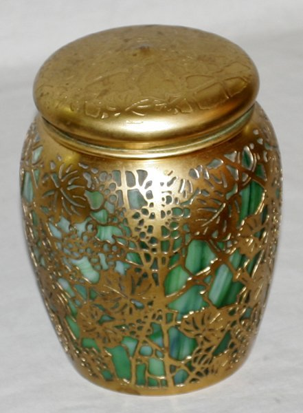 091006: TIFFANY STUDIOS BRONZE & GREEN GLASS HUMIDOR