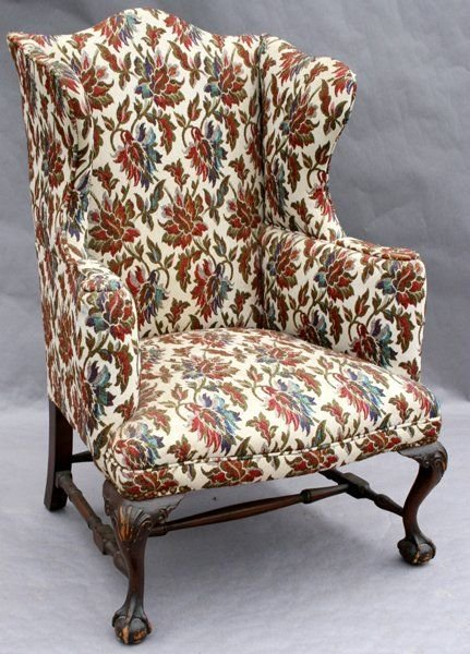 090578A: CHIPPENDALE STYLE WING BACK CHAIR