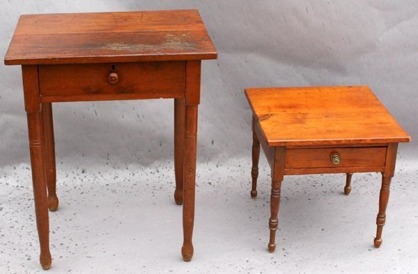 090586A: AMERICAN PINE OCCASIONAL TABLES
