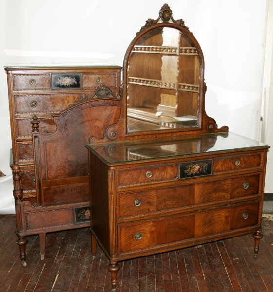 090006: BERKEY GAY MAHOGANY BEDROOM SET C.1920