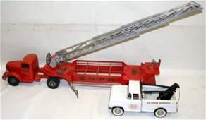090350: SMITTY TOYS FIRE TRUCK & STRUCTO WRECKER TRUCK